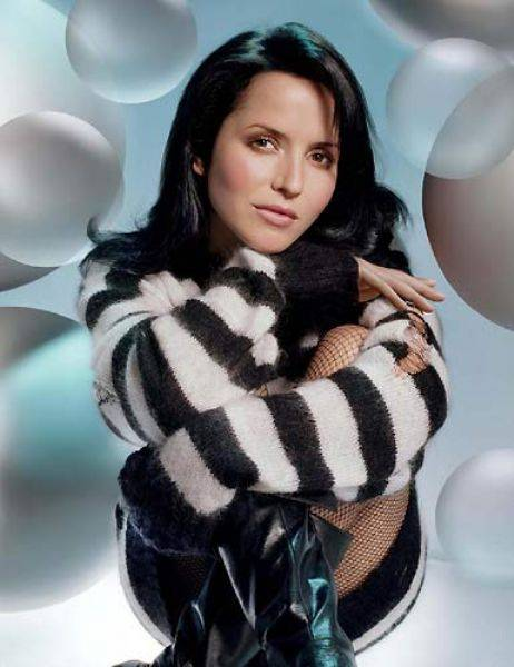 Andrea corr announces vicar street date news andrea corr has announced that following the release of her brand new album lifelines she will play a headline day in vicar street altavistaventures Images