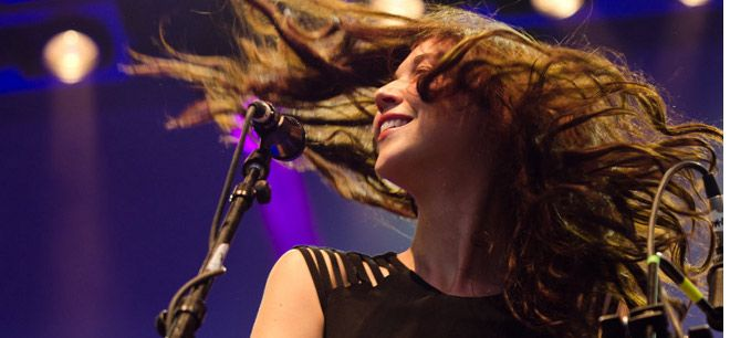 Lisa-Hannigan-@-Iveagh-Gardens-by-Sean-Smyth-21