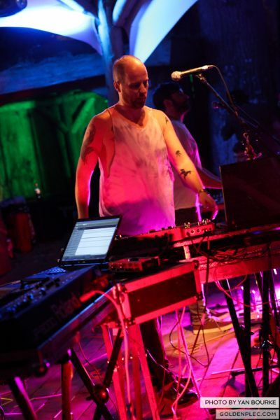 Le Galaxie at Electric Picnic by Yan Bourke on 020913_02