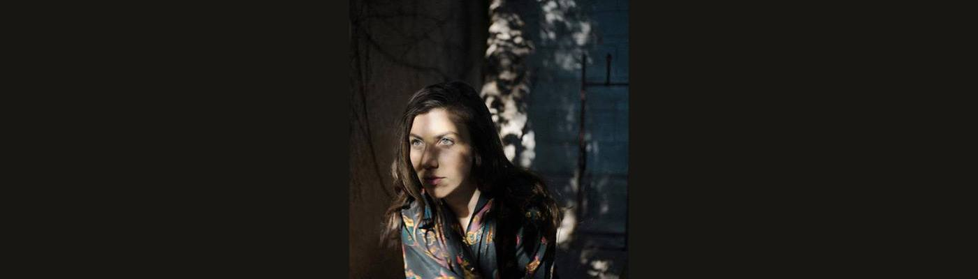 Julia-Holter-Hero